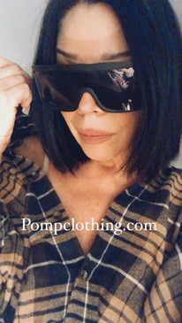 Melrose ave Moxie! These big bold block glasses are UV protected. Have a studded hinge and will hide you from that pesky sun light that we can NOT take a wrinkle for! Or the paparazzi .. maybe both! Limited stock. we only grabbed a few! Get them now, we don't repeat!