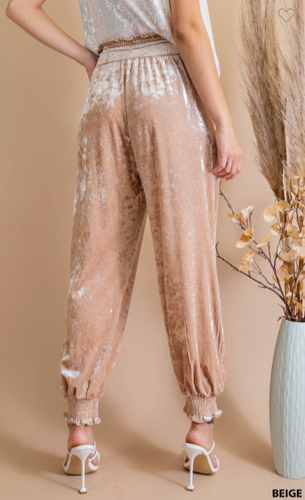 Beverly Hills Brunch Champagne Beige soft smock  waist & bottom band jogger pants Sizes S M L  100%POLYESTER