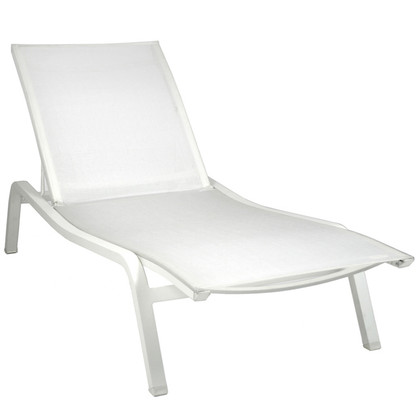 Alize Stacking Sunlounger by Fermob