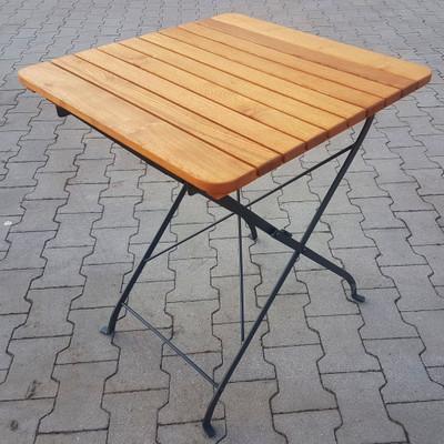 Nico Folding table