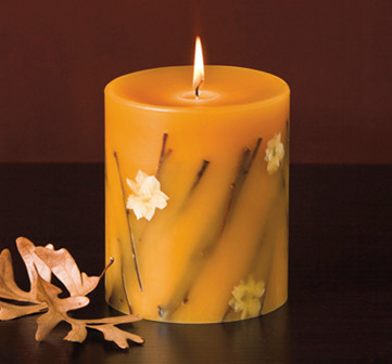 "Rosy Rings Honey Tobacco Botanical Candle 6.5"" 200 hr."