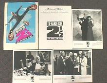 NAKED GUN 2 1/2 original presskit w/ 15  b&w photos