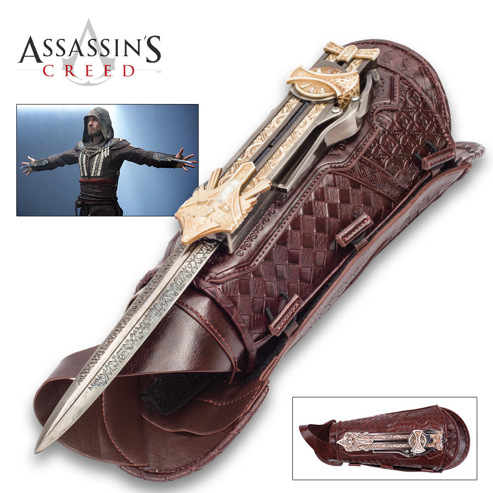 Assassin S Creed Hidden Blade Of Aguilar Faux Leather Gauntlet