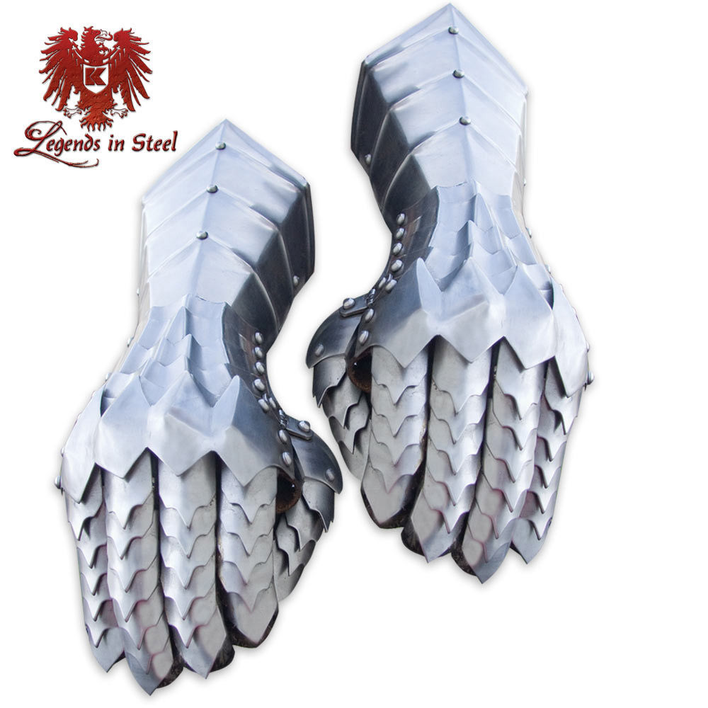 Lord of the Rings Nazgul Ringwraith Steel Gauntlets Legends in Steel