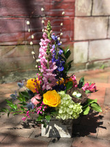 Stunning mix of spring flowers, any mother would love!