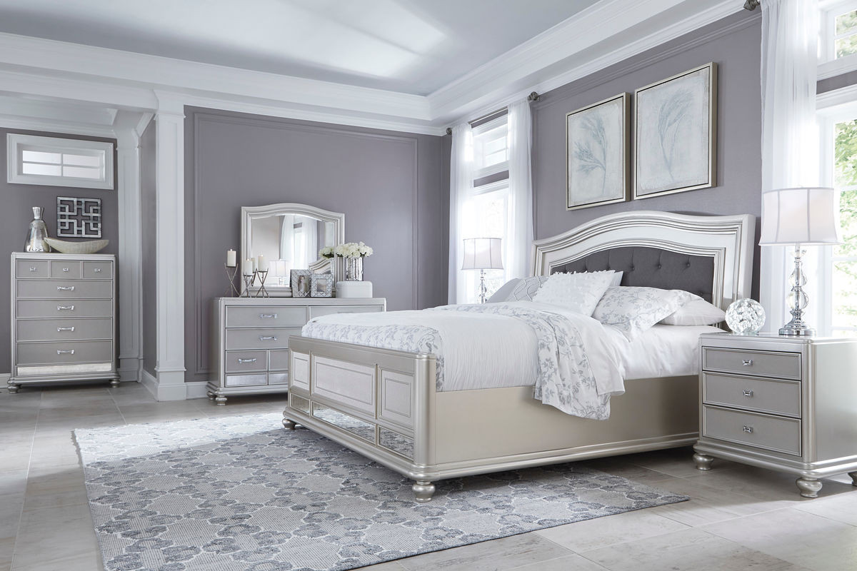 King upholstered panel bed 2 nightstands image 1