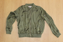 Pre-owned HOT KISS Woman/Junior Olive Green Zip Bomber Jacket (L)