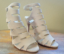 Pre-owned Chinese Laundry by  Kristin Cavallari POPPY SUEDE CUTOUT SANDALS (9)