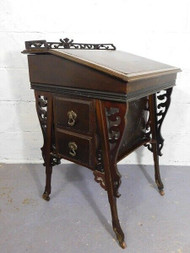 A FINE ANTIQUE ART NOUVEAU ARTS & CRAFTS DAVENPORT DESK