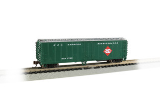 17957 N Scale Bachmann ACF 50' Steel Reefer Railway Express