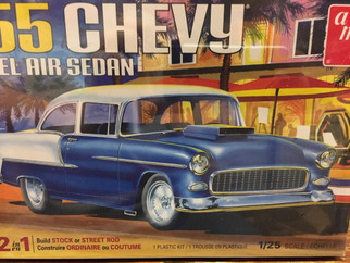 AMT1119 '55 Chevy Bel Air Sedan 2 in 1 1/25 Scale Plastic Model Kit