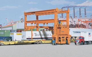 933-3122 HO Scale Walthers Cornerstone MI-JACK Translift(R) Intermodal Crane Kit