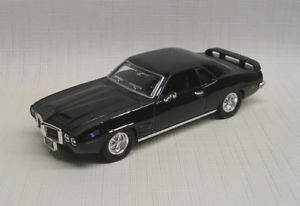 94238 O Scale Yat Ming 1969 Pontiac Firebird (Trans Am) 1/43 Scale Die-Cast-Black