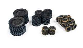 20239 HO Scale Classic Metal Works Tire Scrap Pile