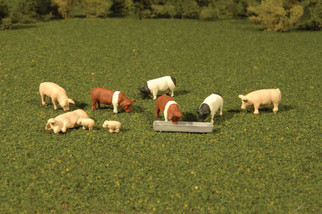 33118 HO Scale Bachmann SceneScapes-Pigs (9pcs)