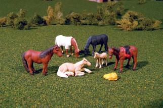 33119 HO Scale Bachmann SceneScapes-Horses (6pcs)