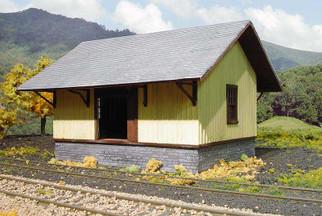 690 HO Scale Branchline PRR Freight House Kit