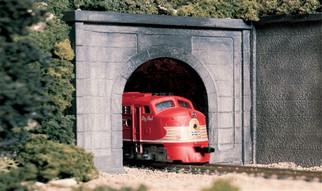 C1266 O Woodland Scenics Tunnel Portal Concrete