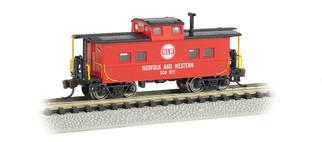16865 N Scale Bachmann Northeast Steel Caboose-Norfolk & Western #500825 (Red)