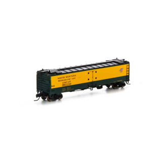 7272 N Scale Athearn 50' Ice Bunker Reefer-C&NW #52015