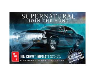 AMT1124 AMT 1967 Chevy Impala Sport Sedan 1/25 Scale Plastic Model Kit