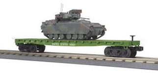 30-76807 O Scale MTH RailKing Flat car w/(1) Bradley Fighting Vehicle-U.S. Army Car No. 8076