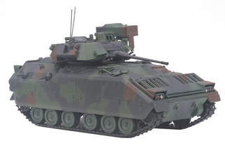 23-10001 O Scale MTH M2 Bradley Fighting Vehicle 1/48 Scale