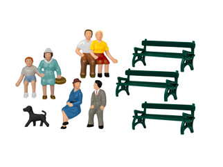 1957200 HO Scale Lionel Sitting Figures w/Benches & Dog
