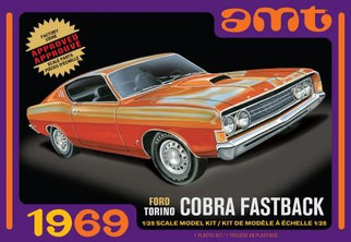 AMT1217 AMT 1969 Ford Torino Cobra Fastback 1/25 Scale Plastic Model Kit