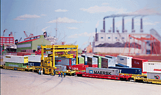 "933-3222 N Scale Walthers Cornerstone Series MI-Jack ""Translift"" Intermodal Crane Kit"