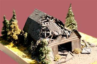 649 HO Branchline Fallen Barn