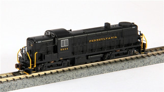 64255 N Scale Bachmann ALCO RS3 Diesel Locomotive (DCC)-PRR #5604 (black w/yellow lettering)