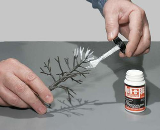S195 Woodland Scenics Hob-e-Tac Adhesive