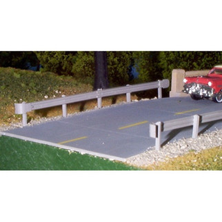541-0013  Rix Products HO KIT Highway Guardrails (6)