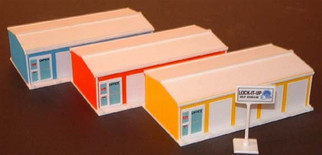 2902 HO Rail Town Self Storage Facility 2-Unit (Orange) Kit