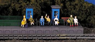 42342 HO Scale Bachmann Sitting Passengers