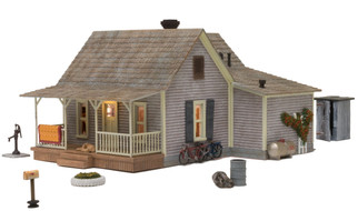 BR5860 O Scale Woodland Scenics Old Homestead