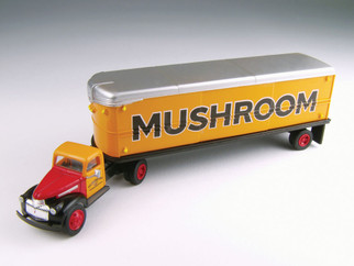 31166 HO Scale Classic Metal Works 41/46 Chevy Tractor/Trailer Set-Mushroom