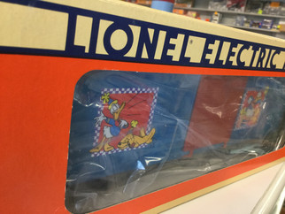 6-19270SD O Scale Lionel Donald's 60th Birthday Hi-Cube Box Car