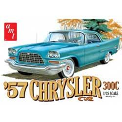 AMT1100 AMT'57 Chrysler 300C 1/25 Scale Plastic Model Kit