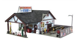 BR5048 HO Woodland Scenics Ethyl's Gas & Service