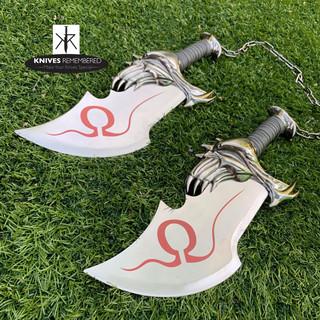 "17"" Twin Blade Kratos Sword Set With Plaque - CUSTOM ENGRAVED"
