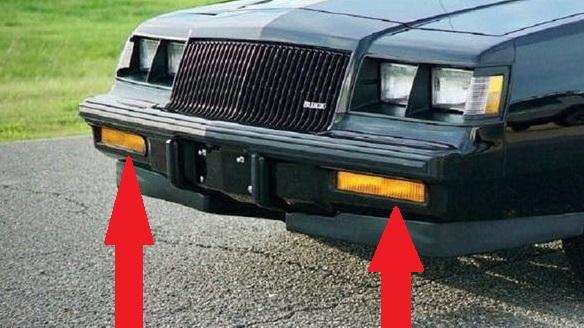 buick-gn-black-bezels-for-turn-signal.jpg