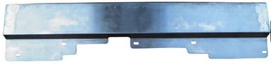 Radiator hold down plate Goodmark GMK403531578 for Regal 78-87