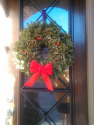 "24"" NOBLE FIR AND HOLLY WREATH"