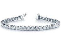Three Prong Illusion Setting Style Tennis Bracelet