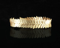 https://d3d71ba2asa5oz.cloudfront.net/12020345/images/111730-elope-gold-caesar-circlet_product.jpg
