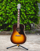 Gibson Acoustic Hummingbird Studio 2019 - Walnut Burst (SSHSWBN19)