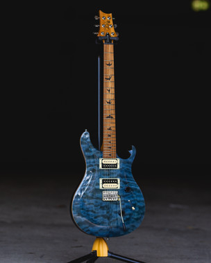 PRS SE Roasted Maple Whale Blue