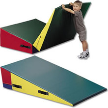 GSC Folding Downhill Gymnastic Mat 6' X 4' X 16""